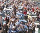 Le record de la parade (788 voitures) doit être battu cette année ! Pour aider l'Institut du Cerveau et de la Moelle épinière dans ses multiples recherches !